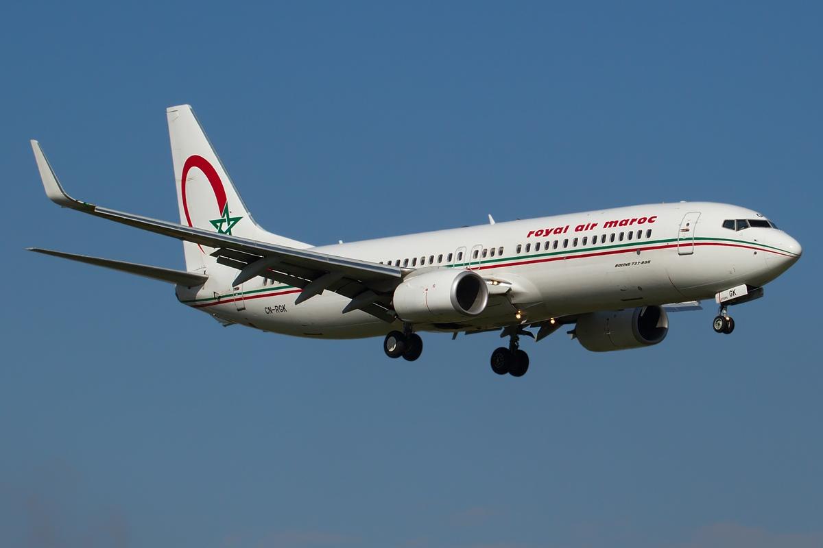 Boeing_737-8B6,_Royal_Air_Maroc_(RAM)_JP7703738